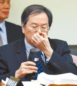 台湾流感疫情严峻 重症逼近1500例死亡人数破百